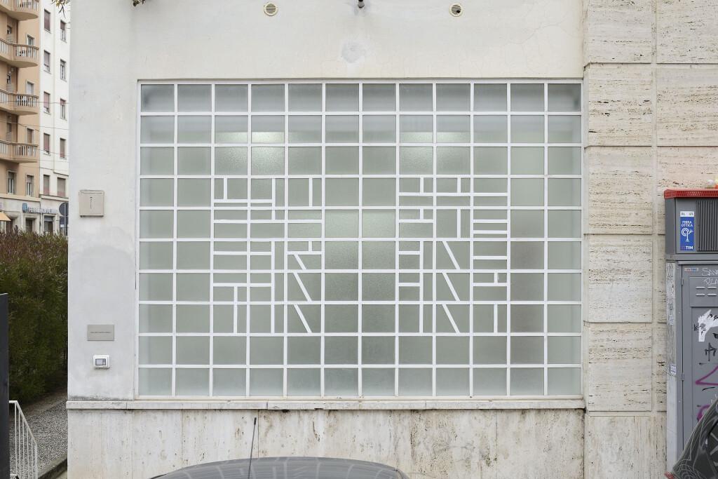 Galleria Mario Iannelli_Monochromes_Mullan_6